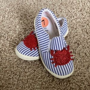 🦀Maggie & Zoe Blue & White Slip-On shoes red crab